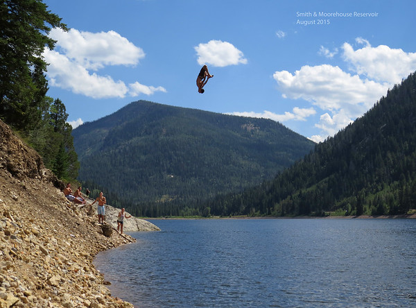 Mike pulls a 40ft flying squirl from the rope swing at Smith and Moorehouse reservoir.